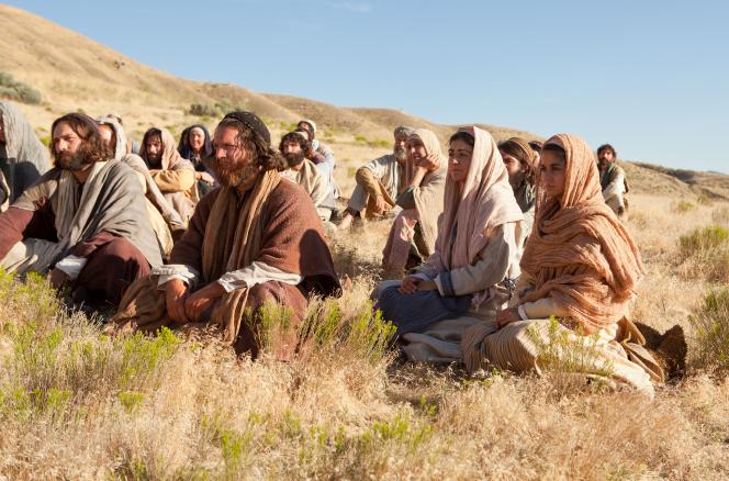 jesus-teaching-sermon-apostles-disciples-multitude-958546-gallery